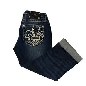 Miss Me Denim Signature Cuffed Capri 28